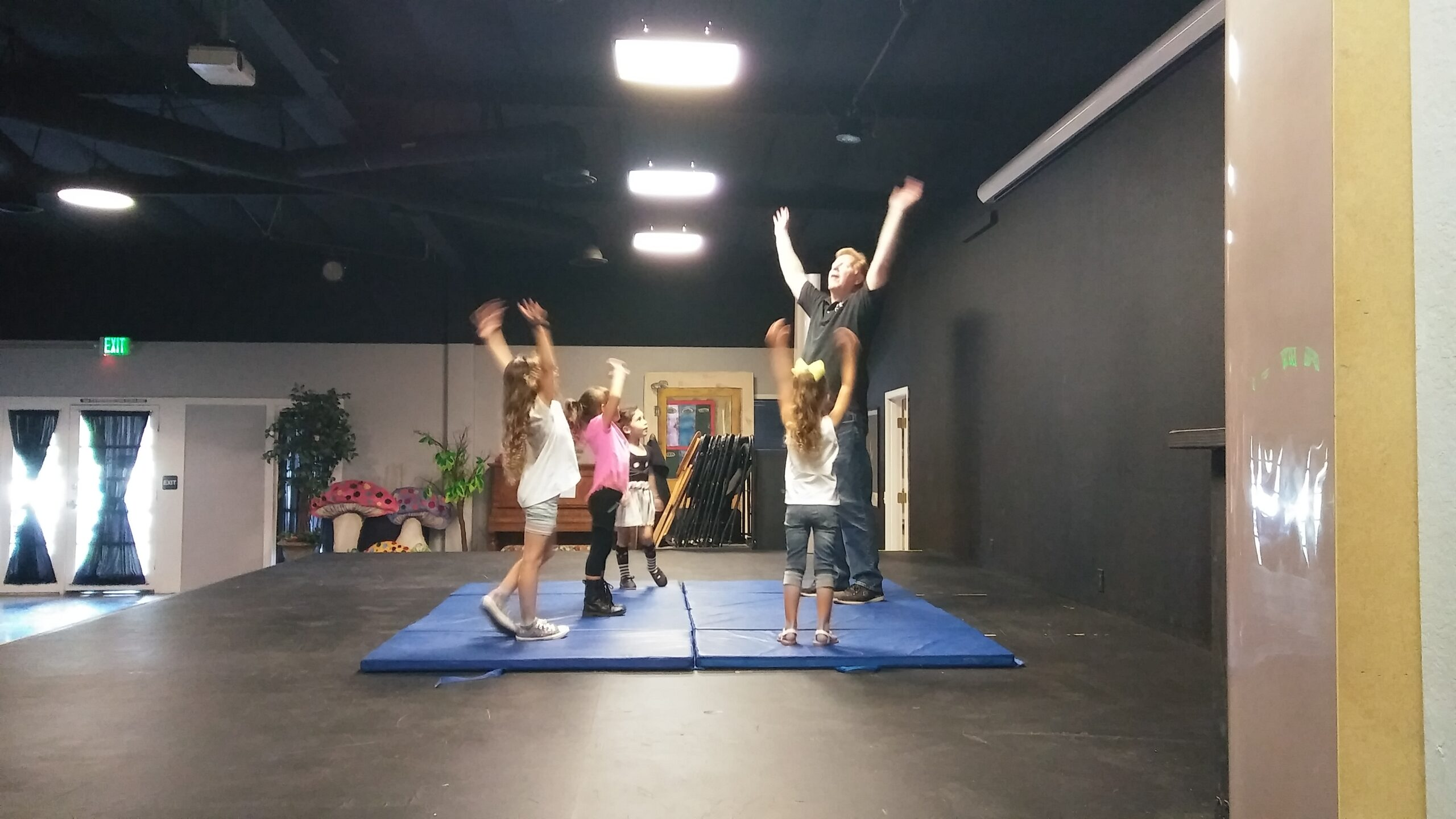 Young acting classes-Murrieta